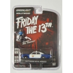 Greenlight 1:64 Friday the 13th - Dodge Royal Monaco Police 1977 with figurine Mrs. Voorhees