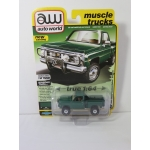 Auto World 1:64 Chevrolet Custom Deluxe Stepside 1980 bright green