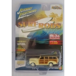 Johnny Lightning 1:64 Chervolet Special Deluxe Woody 1941