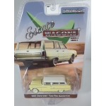 Greenlight 1:64 Chevrolet Two-Ten Handyman 1955 yellow