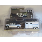 Greenlight 1:64 Ram 2500 2017 and Chicago PD Horse Trailer