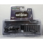 Greenlight 1:64 Graveyard Carz – Ram 2500 2016 and Glass Display Trailer