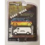 Greenlight 1:64 1976 Dodge B-100 Van Animal Control