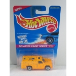 Hot Wheels 1:64 Rescue Ranger orange HW1996