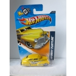 Hoit Wheels 1:64 Chevy Fleetline 1947 yellow HW2012