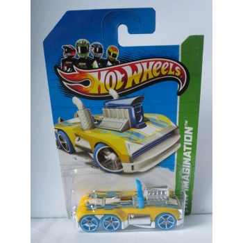Hot Wheels 1:64 Semi-Psycho yellow HW2013