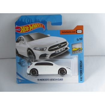 Hot Wheels 1:64 Mercedes-Benz A-class 2019 white HW2019